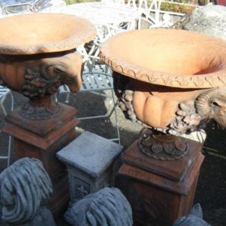 Urns and fountains