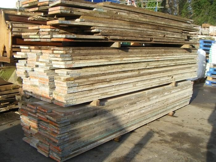 DSCF2396 scaffold boards reclaimed second hand approx width thousands of lengths available