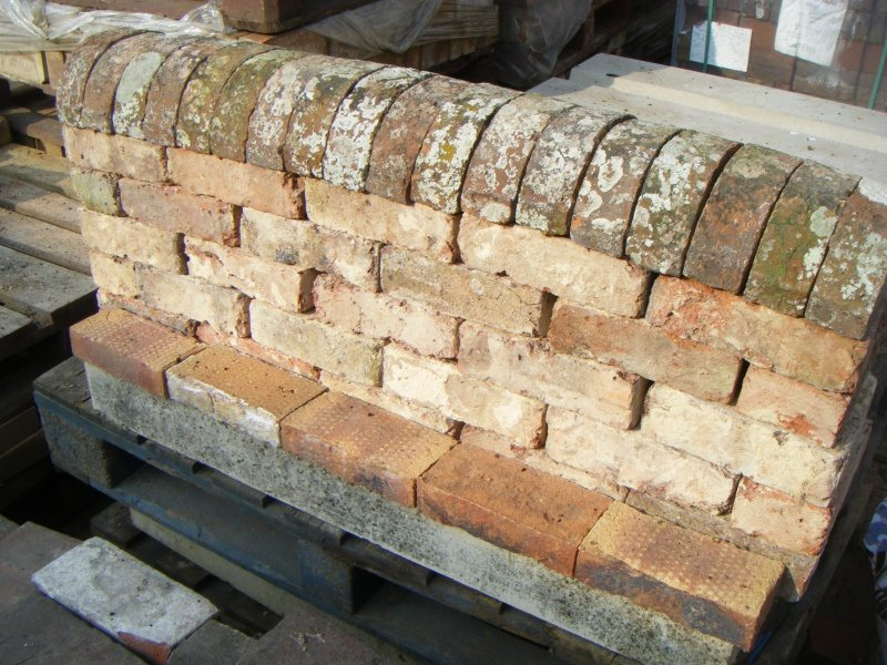 Reclaimed Coping bricks