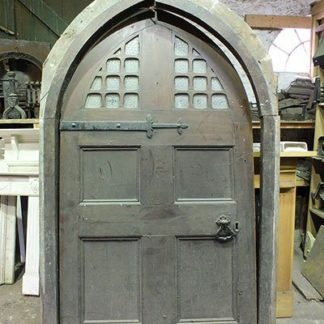 Arched Front Foor