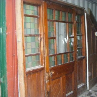 Victorian Frame with Sidelights and Door