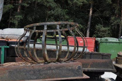 Metal Hanging Baskets in Tonne Bags