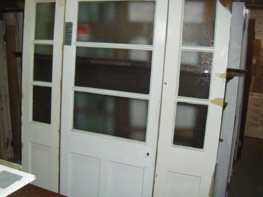 Door with Sidelights