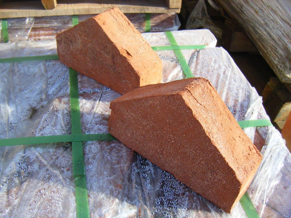 Imperial Reproduction Coping Bricks