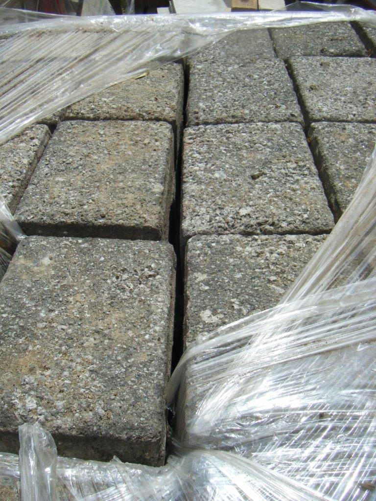 Granite Paving Blocks - Dorton Reclaim